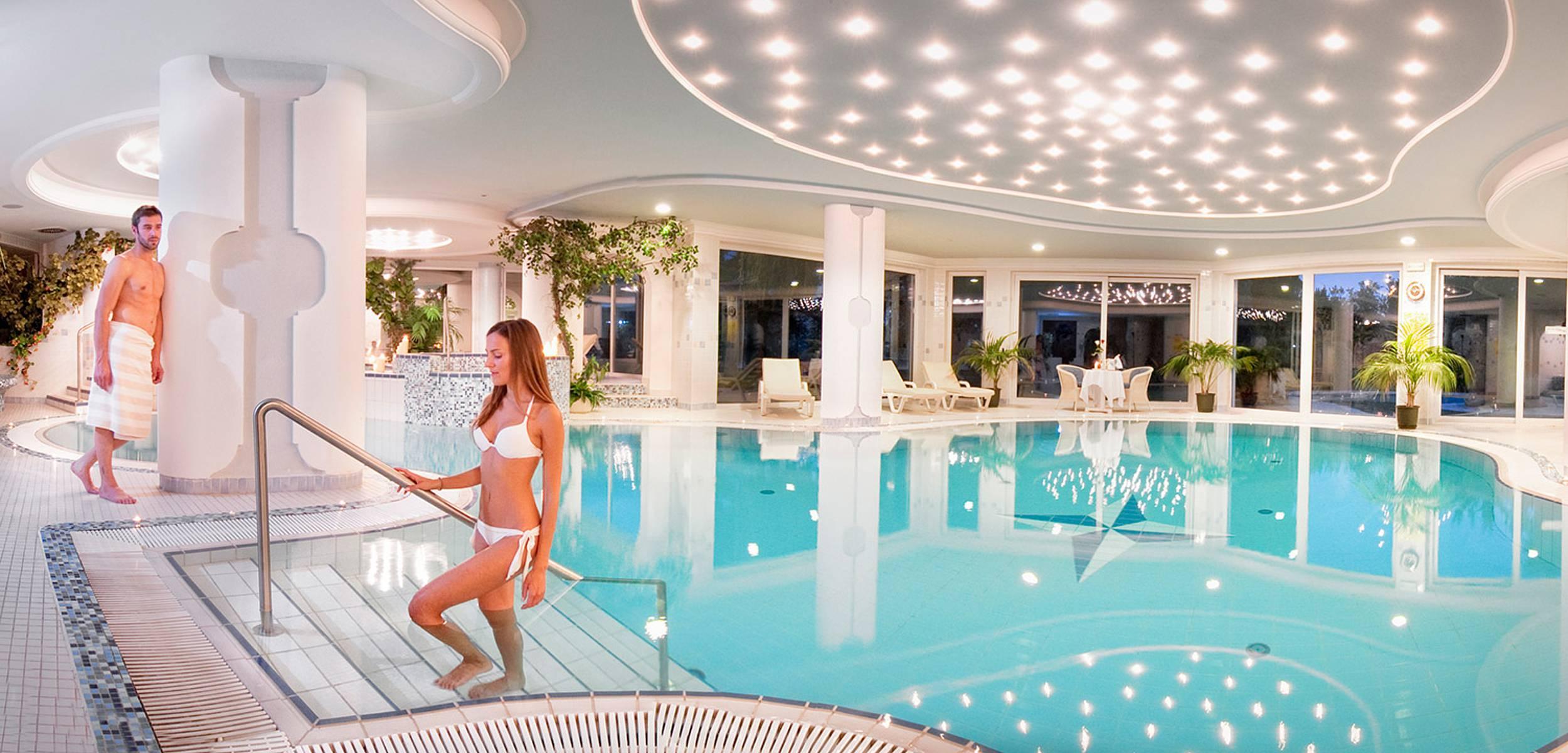 hotels in meran und umgebung mit pool hotel ruipacherhof. Black Bedroom Furniture Sets. Home Design Ideas