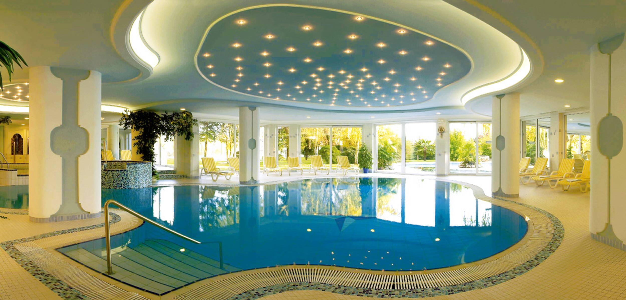 Hotels in meran und umgebung mit pool hotel ruipacherhof for Design hotel meran und umgebung