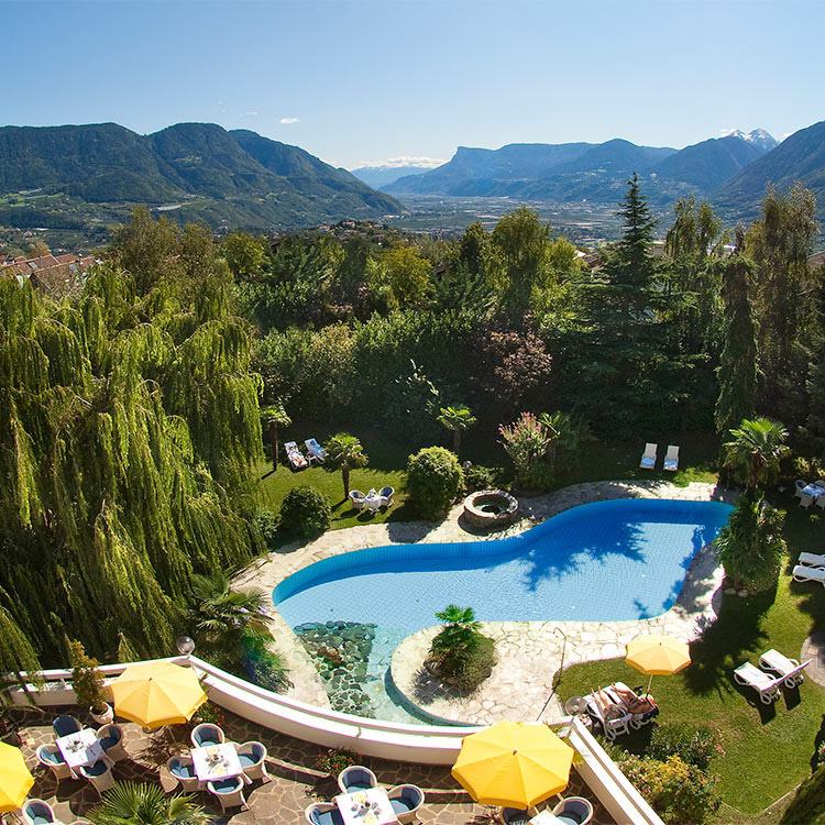 Hotel n he meran 4 ruipacherhof in dorf tirol for Dorf tirol designhotel