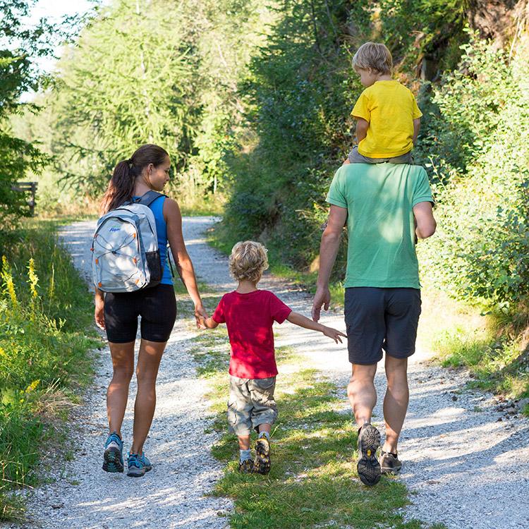 Wandern In Dorf Tirol Und Der Umgebung Merans